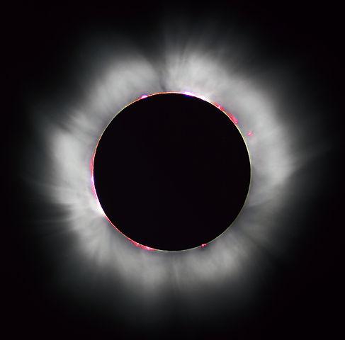 487px-Solar_eclipse_1999_4_NR